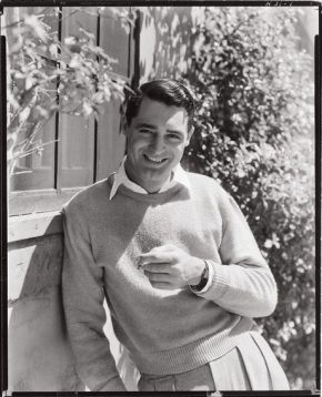 Cary Grant sporting jumper and one slick haircut.