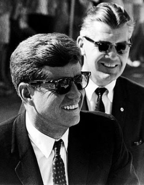 Kennedy was the most stylish and gentlemanly president the Whitehouse had scene since Abraham Lincoln made the 'undertaker' look popular 1860s.  Unfortunately for the world of style, both were gunned down by lesser dressed individuals.